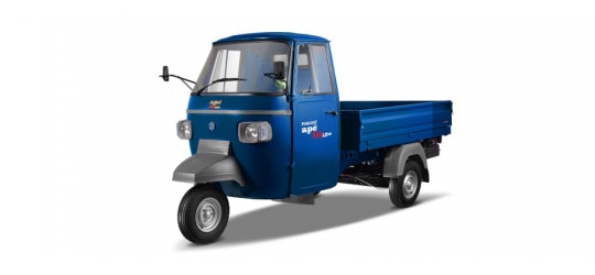 piaggio ape pictures see interior exterior piaggio ape photos. Black Bedroom Furniture Sets. Home Design Ideas