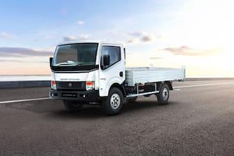 Ashok Leyland Partner 4 Tyre