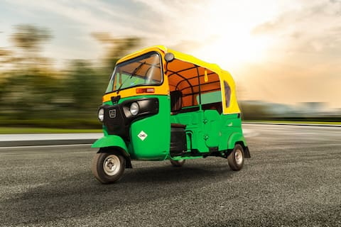 Bajaj Compact RE 3-Seater/LPG