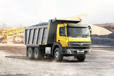 BharatBenz 2823C