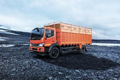 Mahindra Furio 17