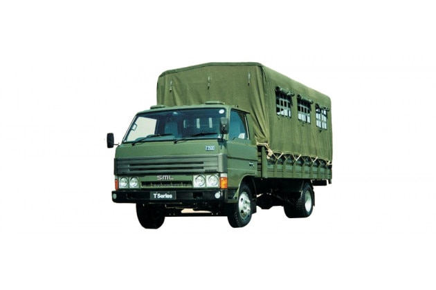 SML Isuzu Troop Carrier BS-IV