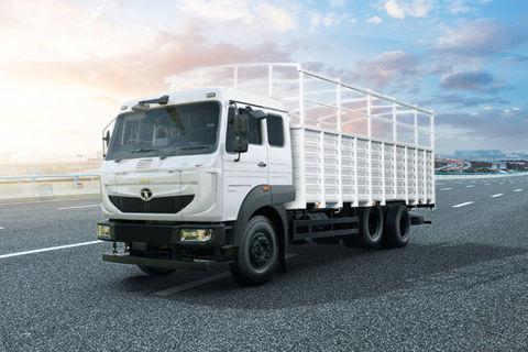 Tata LPT 3118 Cowl