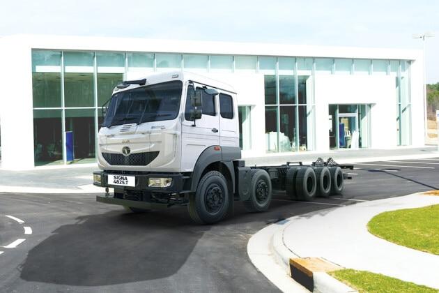 Tata LPT 4825