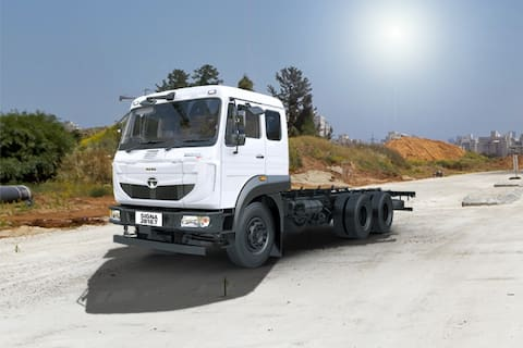 Tata Signa 2818.T CAB/4880