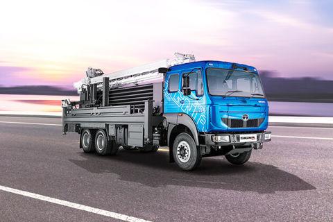 Tata Signa 2823.K Drill Rig