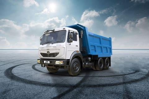 Tata Signa 2823.K/.TK 6S STD CAB/3880/14 Box Body